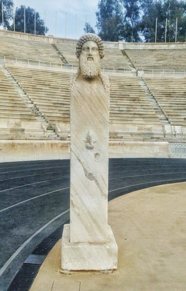 Stadio-statua