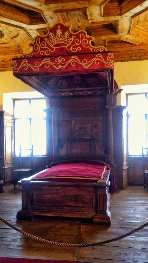 sala-vescovo-castello-di-thun