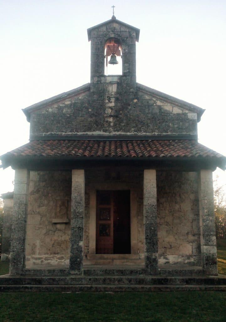 chiesetta-castelli