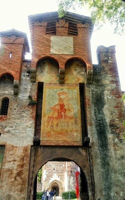 Entrata-Castello-Bonoris