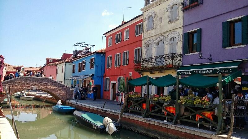 Ponte-Isola-di-Burano-a-Venezia