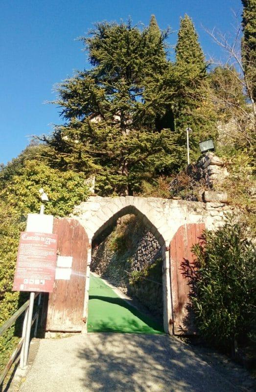 Castello-di-Arco-Entrata