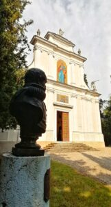 Ossario-Chiesa