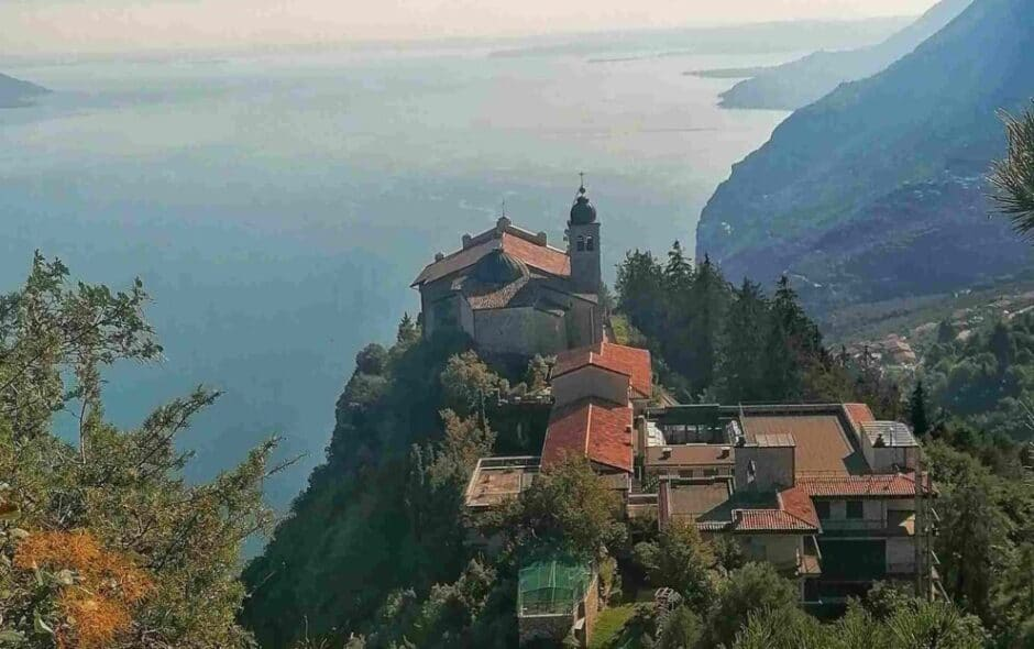 Santuario di Montecastello sul Lago di Garda
